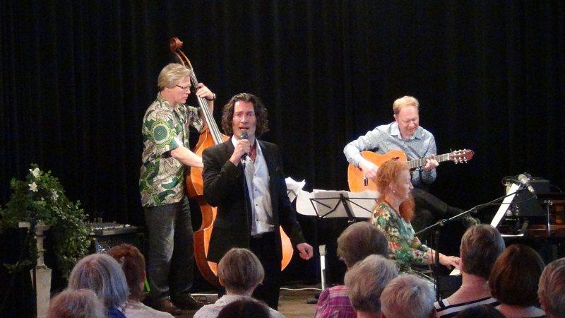 Tomi Metsäketo Aino Acktén konsertissa